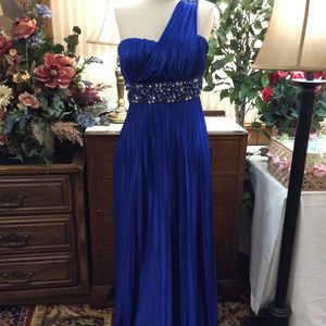 Fab Royal Blue Glitzy Sequins Evening Pageant Gown